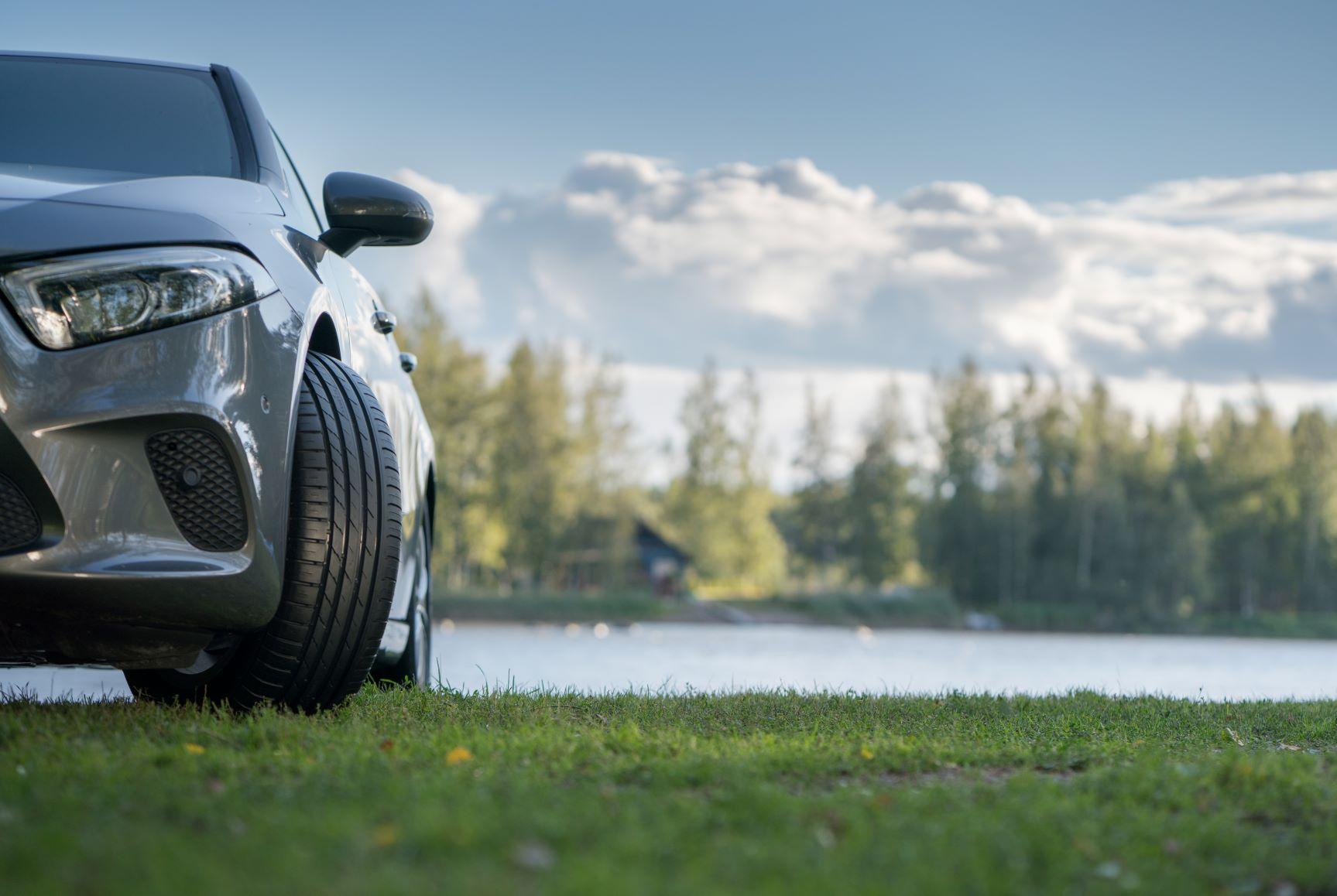 Nokian Tyres: 5 motive pentru care anvelopele de vară sunt indispensabile siguranței pe drumurile publice în timpul sezonului cald - Articole anvelope iarna, vara, all season